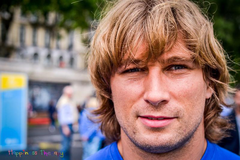 """Dimitri Szarzewski (Champion de France de Rugby 2007, vainqueur du tournoi des six nations 2006, 2007, 2010 vice champion du monde avec l'équipe de France 2011) : """"Le bonheur, c'est d'être en bonne santé."""""""